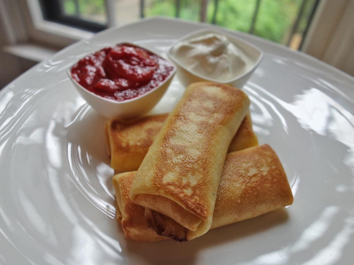 Jackie Gordon Singing Chef - Mother's Day Cheese Blintzes & Strawberry Rhubarb Compote